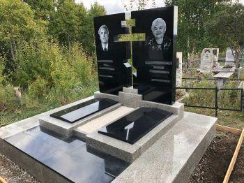 Украшение могилы в Красноярске_1