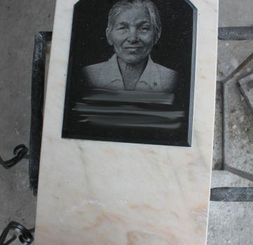 Портрет на мраморе_45