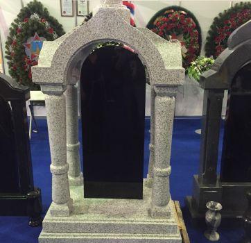 Памятники на кладбище_10