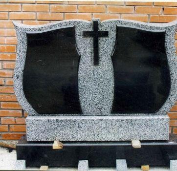 Памятники на кладбище_11